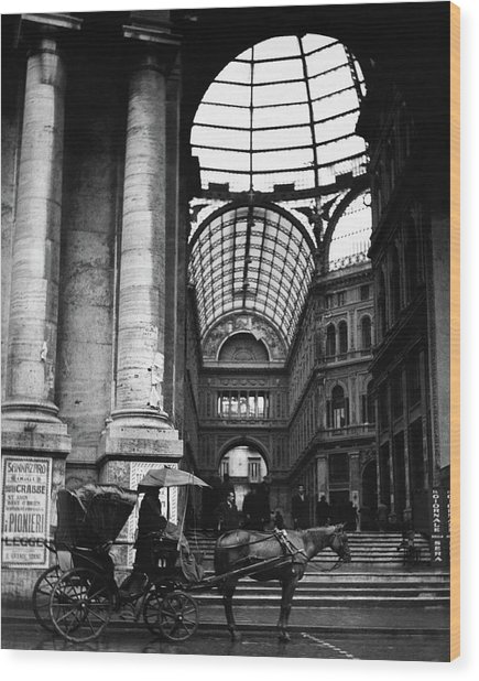A Horse And Cart By The Galleria Umberto Wood Print by Robert Randall