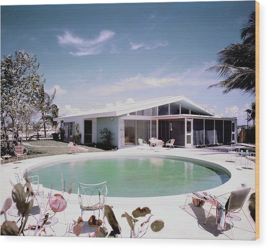 A House In Miami Wood Print
