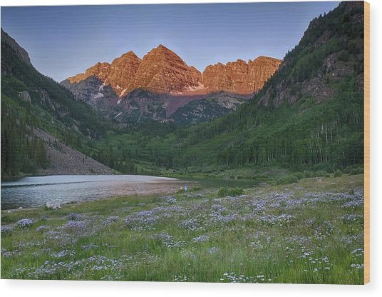A Maroon Morning - Maroon Bells Wood Print
