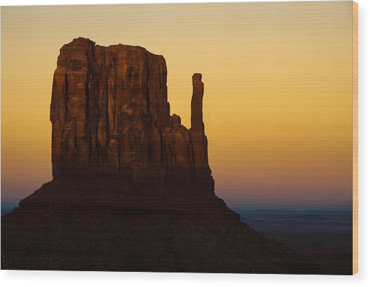 A Monument Of Stone - Monument Valley Tribal Park Wood Print by Gregory Ballos