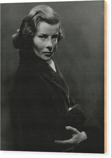A Portrait Of Katharine Hepburn With Her Arms Wood Print