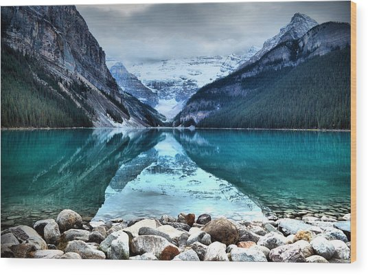 A Still Day At Lake Louise Wood Print