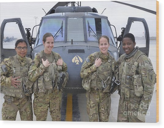Wood Print featuring the photograph A U.s. Army All Female Crew by Stocktrek Images