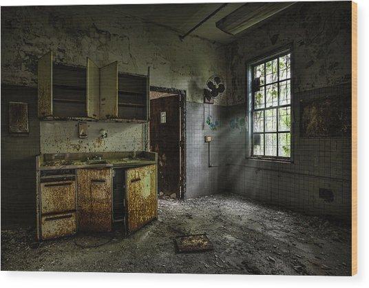 Abandoned Building - Old Asylum - Open Cabinet Doors Wood Print