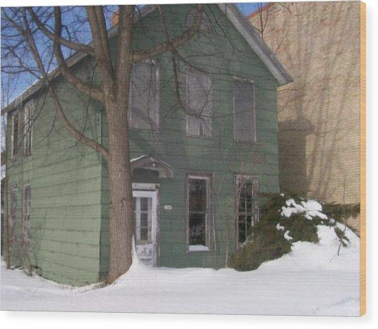 Abandoned Home Menominee Wood Print