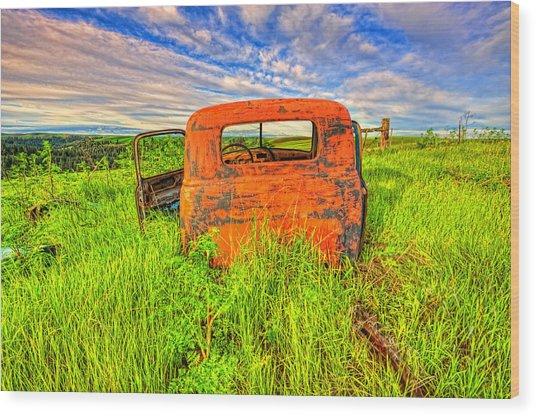 Abandoned Rusting Truck Wood Print