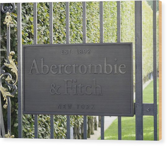 Abercrombie And Fitch Store In Paris France Wood Print