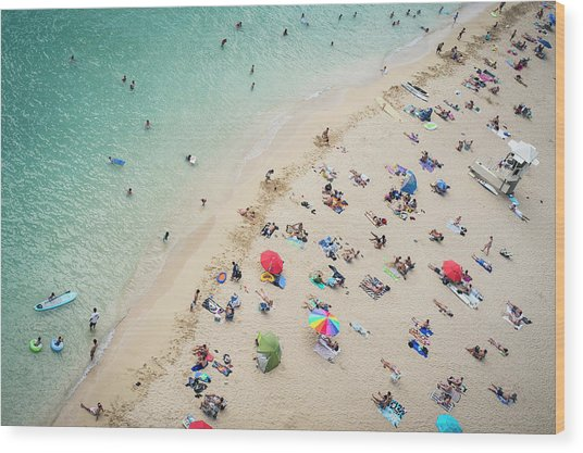 Aerial View Of Tourists On Beach Wood Print by Alberto Guglielmi