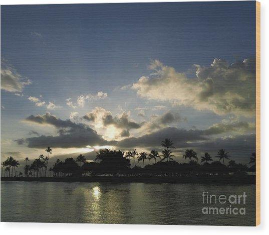 Ala Wai Skies Wood Print