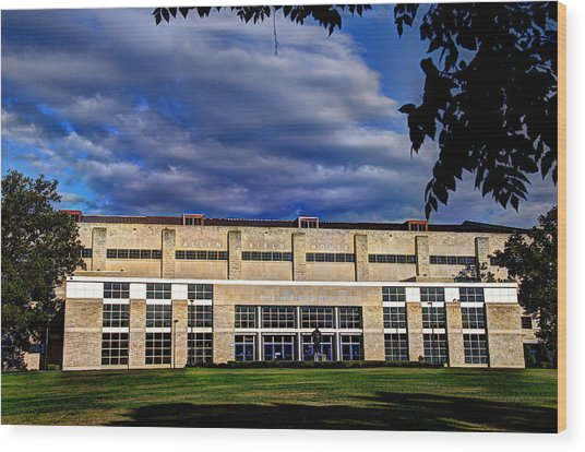 Allen Fieldhouse At Daybreak Wood Print