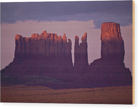 Alpen Glow On Monument Valley  C6j4475 Wood Print