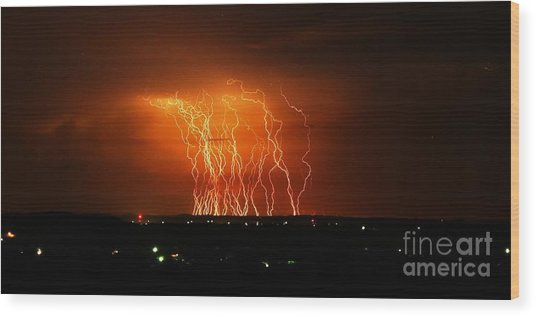 Amazing Lightning Cluster Wood Print