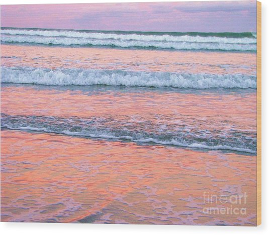 Amazing Pink Sunset Wood Print by Michele Penner