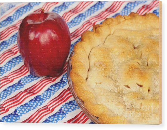 American As Apple Pie Wood Print by Pattie Calfy