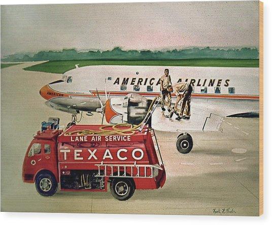 American Dc-6 At Columbus Wood Print