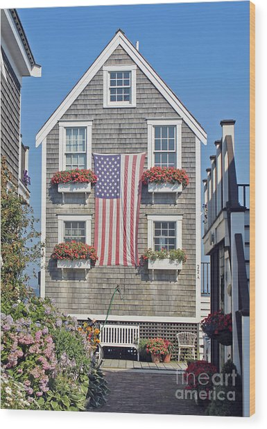 American Harbor House Wood Print
