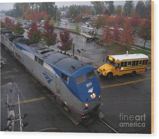 Amtrak 122 In Salem Wood Print