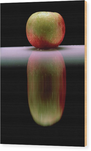 An Apple & Its Reflection In A Polished Table Top Wood Print by Mike Devlin/science Photo Library