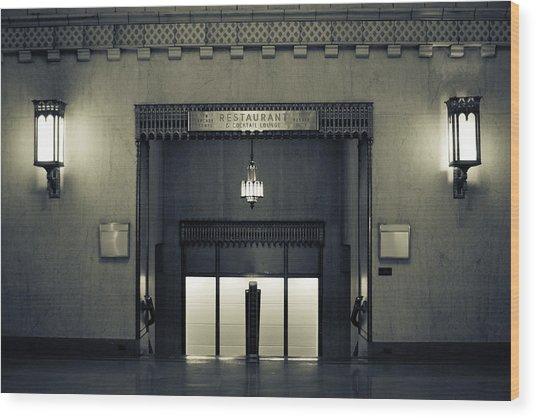 An Elegant Escape - Chicago Wood Print