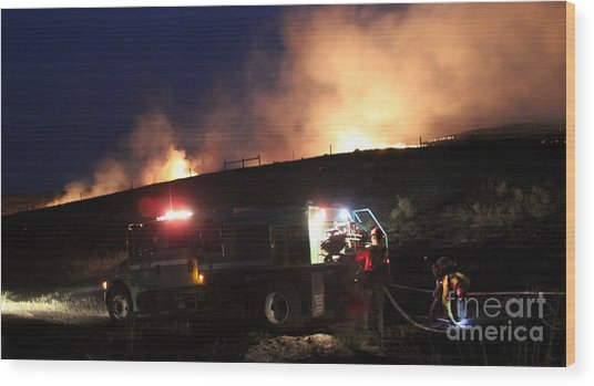 An Engine Crew Works At Night On White Draw Fire Wood Print