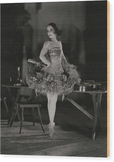 Anna Pavlova In Her Ballet Costume Wood Print