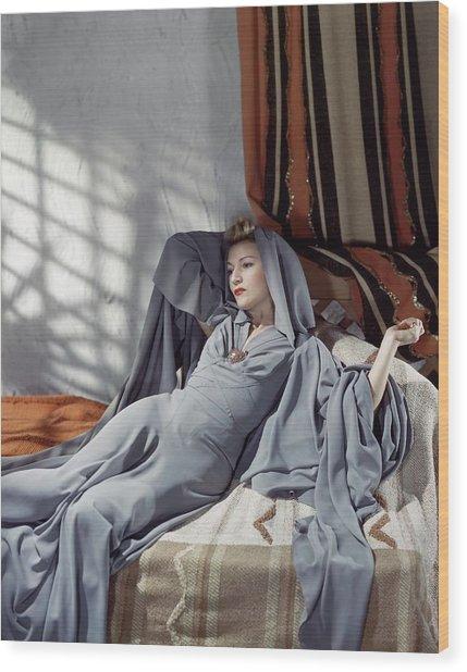 Annabella Wearing A Gray Crepe Dress Wood Print