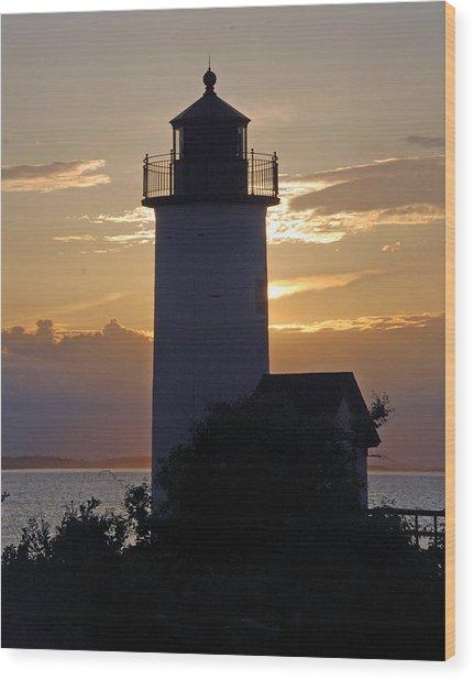 Annisquam Lighthouse Sunset Wood Print