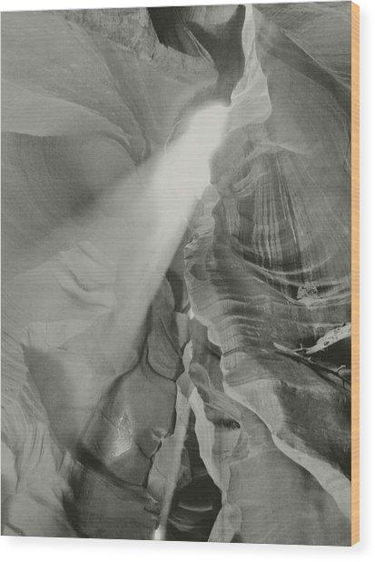 Antelope Canyon Light Black And White Wood Print