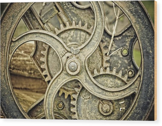 Antique Mangle Wheel Wood Print by Lesley Rigg
