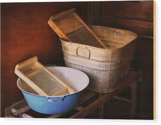 Antique Wash Tubs Wood Print