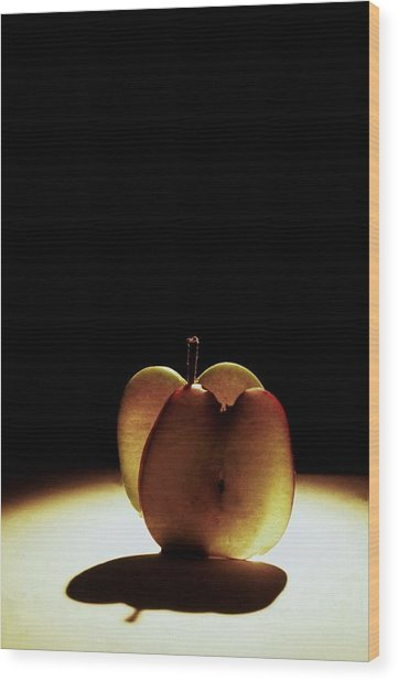 Apple Slices Wood Print by Alfredo Martinez
