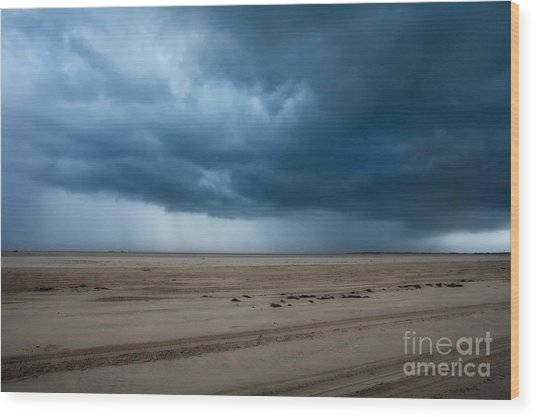 Approaching Storm - Outer Banks Wood Print by Dan Carmichael