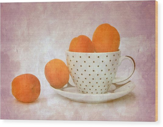 Apricots In A Cup Wood Print by Angela Bruno