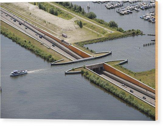 Aquaduct, Harderwijk Wood Print by Bram van de Biezen