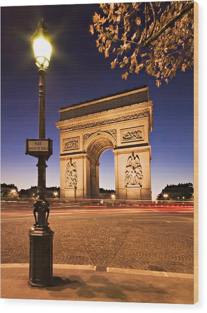 Wood Print featuring the photograph Arc De Triomphe At Night / Paris by Barry O Carroll