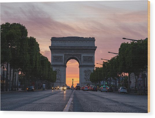 Arch Of Triumph With Dramatic Sunset Wood Print