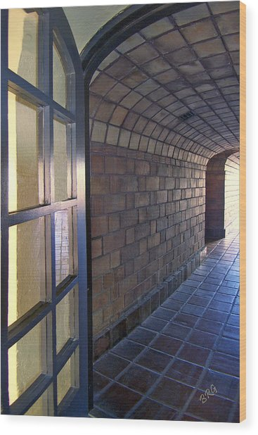 Archway In Mission Inn Riverside Wood Print