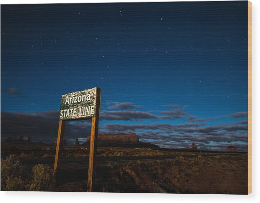 Arizona State Line In Monument Valley At Night Wood Print