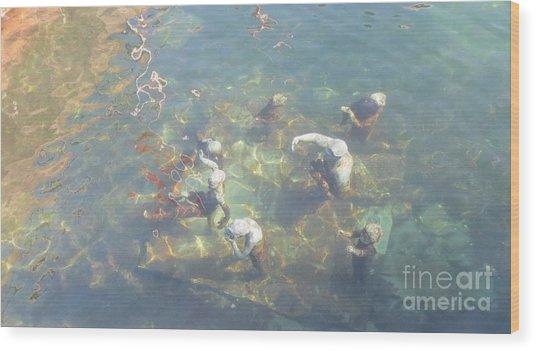 Art In Sea Wood Print