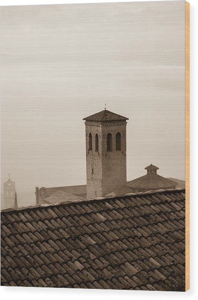 Assisi Rooftop In Morning Wood Print by Rande Cady