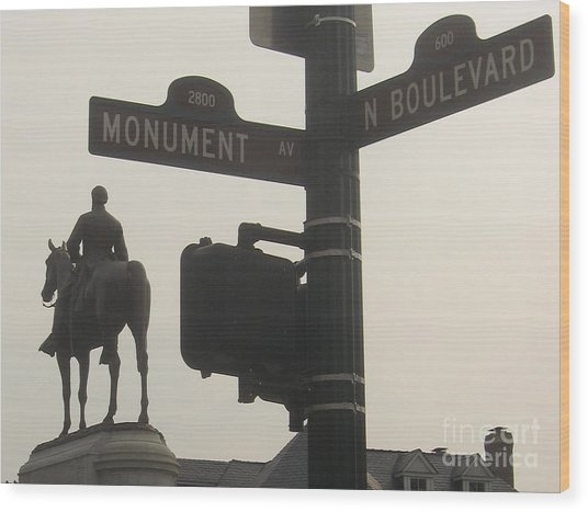 at Monument and Boulevard Wood Print