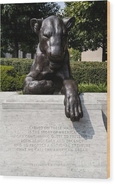 At The National Law Enforcement Officers Memorial In Washington Dc Wood Print