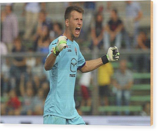 Atalanta Bc V Acf Fiorentina - Serie A Wood Print by Marco Luzzani