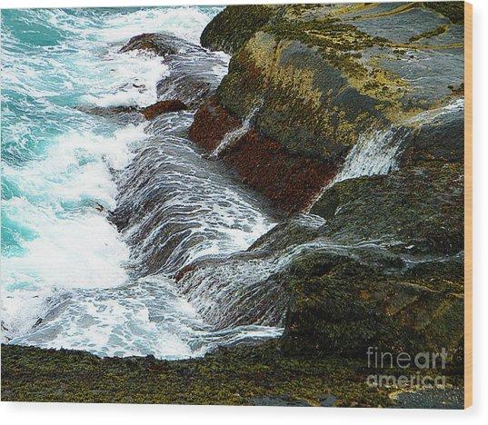 Atlantic Blue On The Rocks Wood Print by Lorraine Heath