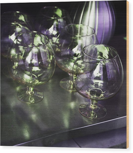 Aubergine Paris Wine Glasses Wood Print
