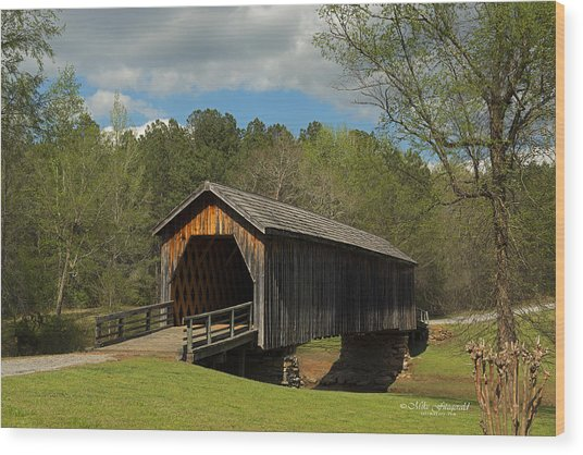 Auchumpkee Creek Covered Bridge Wood Print
