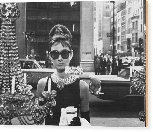 Audrey Hepburn Breakfast At Tiffany's Wood Print