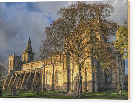 Autumn At Dunfermline Abbey Wood Print