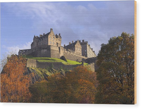 Autumn At Edinburgh Castle Wood Print