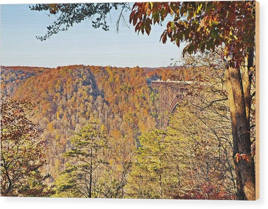 Autumn At The New River Gorge Single-span Arch Bridge Wood Print